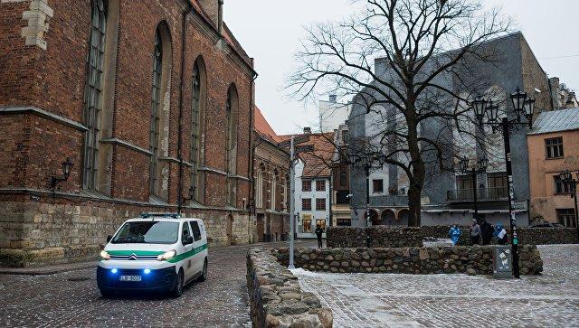 Машина полиции на улице Старой Риги. Архивное фото