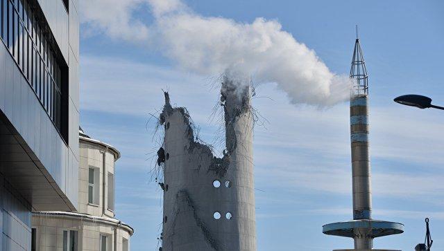 Снос недостроенной телебашни в Екатеринбурге, возведение которой было остановлено в последний год существования СССР
