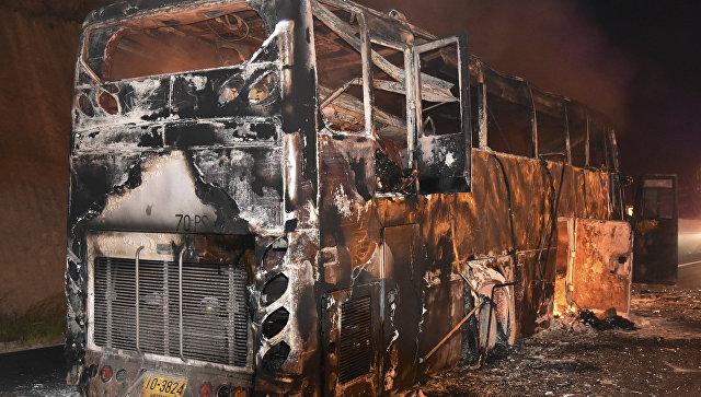 В Таиланде 20 человек погибли в загоревшемся на ходу автобусе
