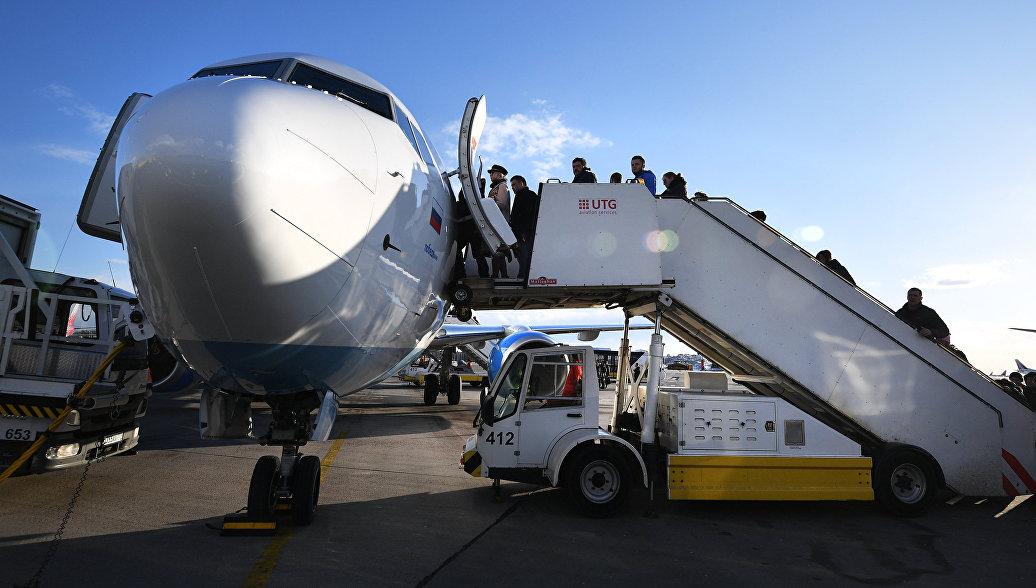 Обслуживание самолета. Архивное фото