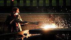 Рабочий металлургического комбината
