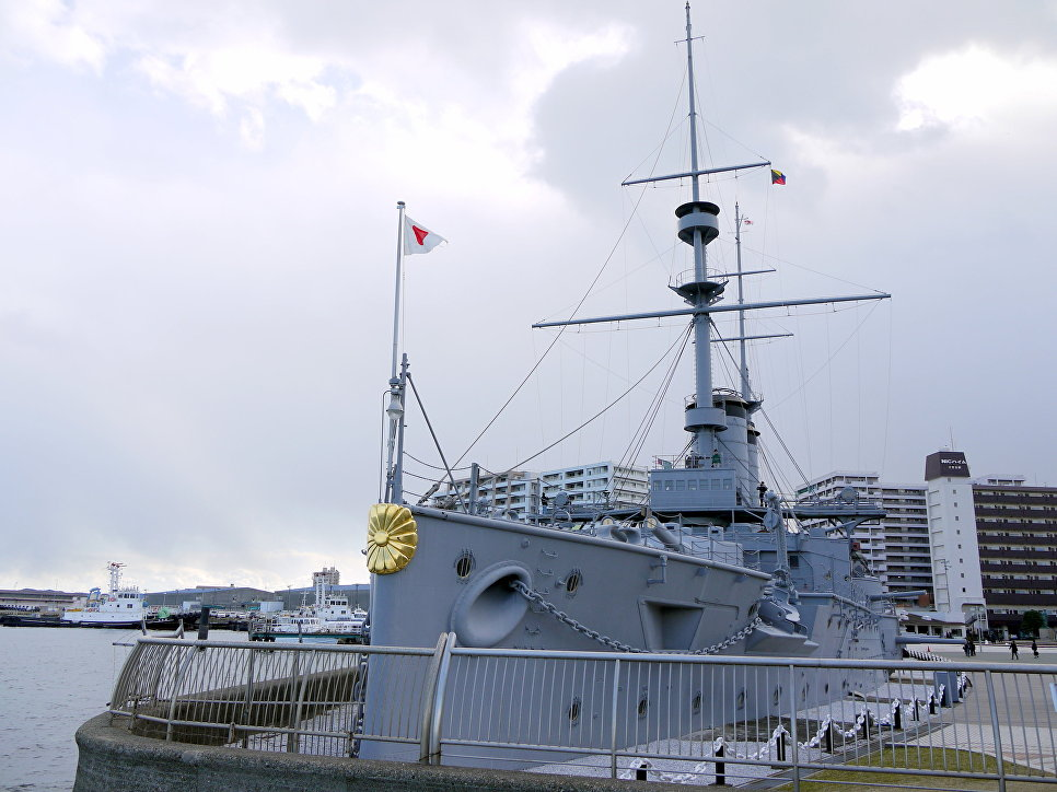 Кику на носу японского крейсера