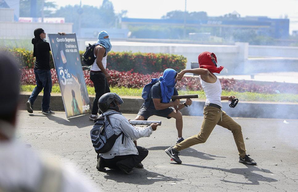 ВНикарагуа неутихают антиправительственные протесты, полдесятка погибших