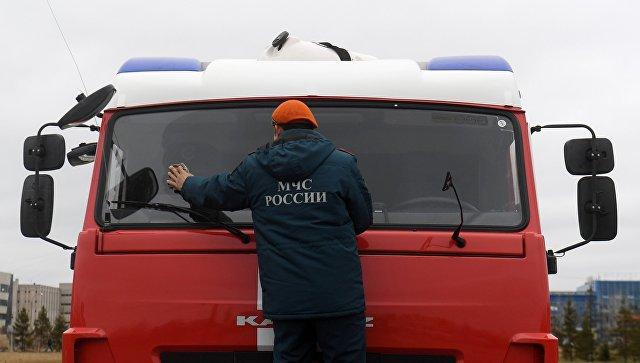 На севере Москвы эвакуируют поликлинику из-за пожара, сообщил источник