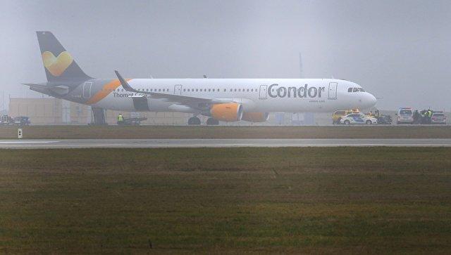 Самолет Airbus A321 компании Condor airlines. Архивное фото