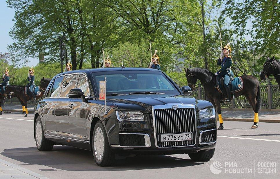 Автомобиль Aurus кортежа президента РФ. 7 мая 2018