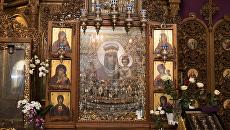 Чудотворный образ Пресвятой Богородицы Призри на смирение из Свято-Введенского монастыря города Киева. Архивное фото