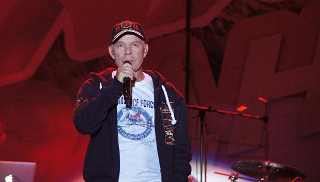 Олег Газманов на концерте в Луганске