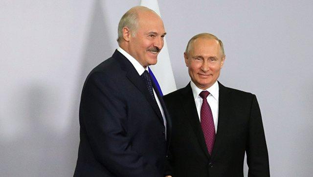 Президент РФ Владимир Путин и президент Белоруссии Александр Лукашенко во время встречи. 14 мая 2018