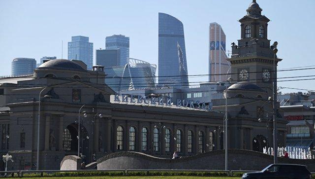 В Москве после анонимных звонков проверяют Киевский и Белорусский вокзалы