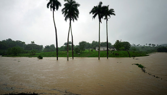 Ураган Альберто у побережья Кубы