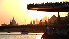 Парящий мост парка Зарядье в Москве