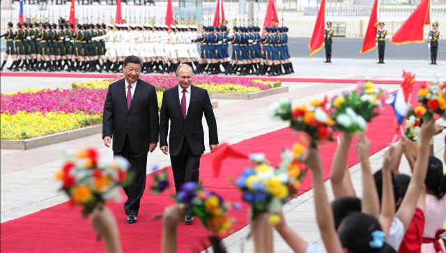Церемония официальной встречи Президента России с Председателем КНР Си Цзиньпином. 8 июня 2018