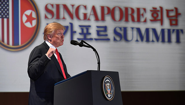 Президент США Дональд Трамп на пресс-конференции, посвещенной итогам саммита в Сингапуре. 12 июня 2018