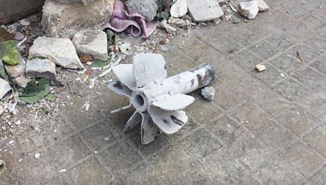 Последствия минометного обстрела жилого района города Алеппо. Архивное фото