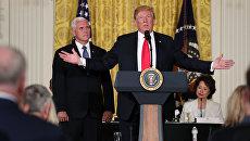 Президент США Дональд Трамп во время выступления на заседании Национального космического совета в Вашингтоне. 18 июня 2018