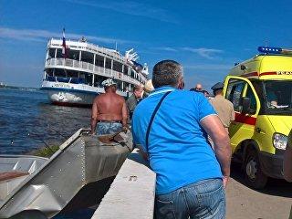 Набережная Перми, где моторная лодка врезалась в городскую набережную. 24 июня 2018