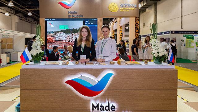 Российский ЛПК представил продукцию деревообработки на выставке в Шанхае