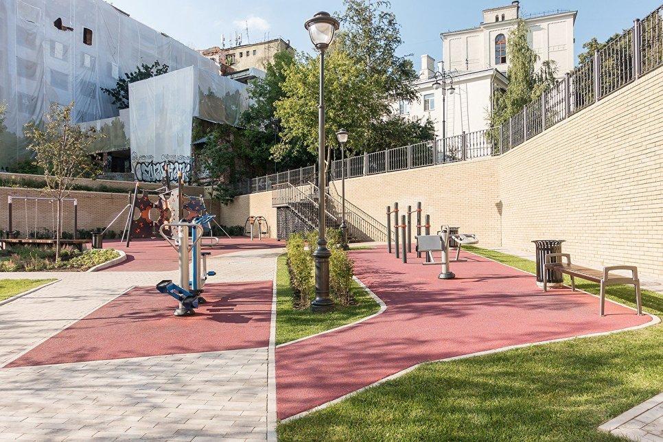 Парк Горка на Большом Спасоглинищевском переулке