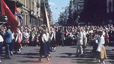 Народные гулянья в день праздника песни в Латвии. 1966 год