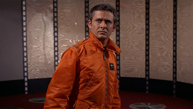 Роджер Перри в роли капитана Джона Кристофера в телесериале Звездный путь. Архивное фото