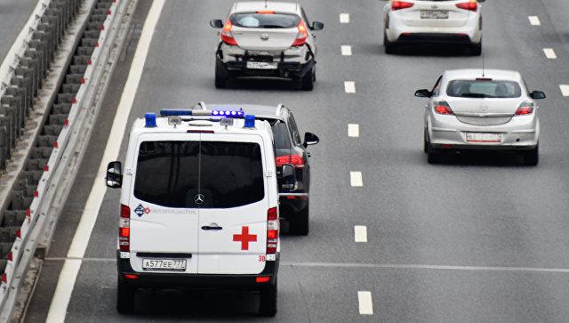 В Петербурге мужчина угрожал врачам «скорой» гранатой