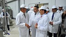 Глава Тверской области Алексей Гордеев во время посещения предприятия ГК АгроПромкомплектация