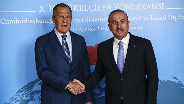 Сергей Лавров и Мевлют Чавушоглу во время встречи в Турции. 14 августа 2018