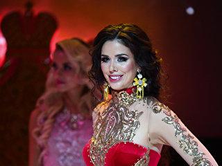 Анна Телегина (Тверь) во время финала всероссийского конкурса Миссис Россия-2018 в театрально-концертном зале Планета КВН в Москве.