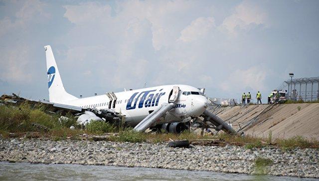 Авария Boeing в Сочи: 18 человек пострадали, погиб сотрудник аэропорта