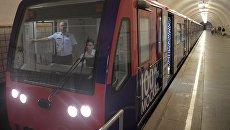 Тематический поезд Градоначальники Москвы, посвященный Дню города, на кольцевой линии Московского метрополитена. 1 сентября 2018