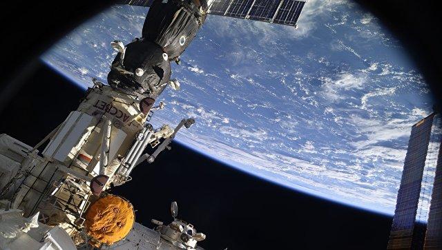 ВЦИОМ: большинство россиян считают Россию лидером в освоении космоса