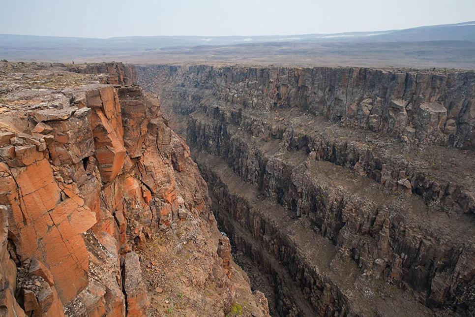 Каньон в верховьях реки Хикикаль. Лето