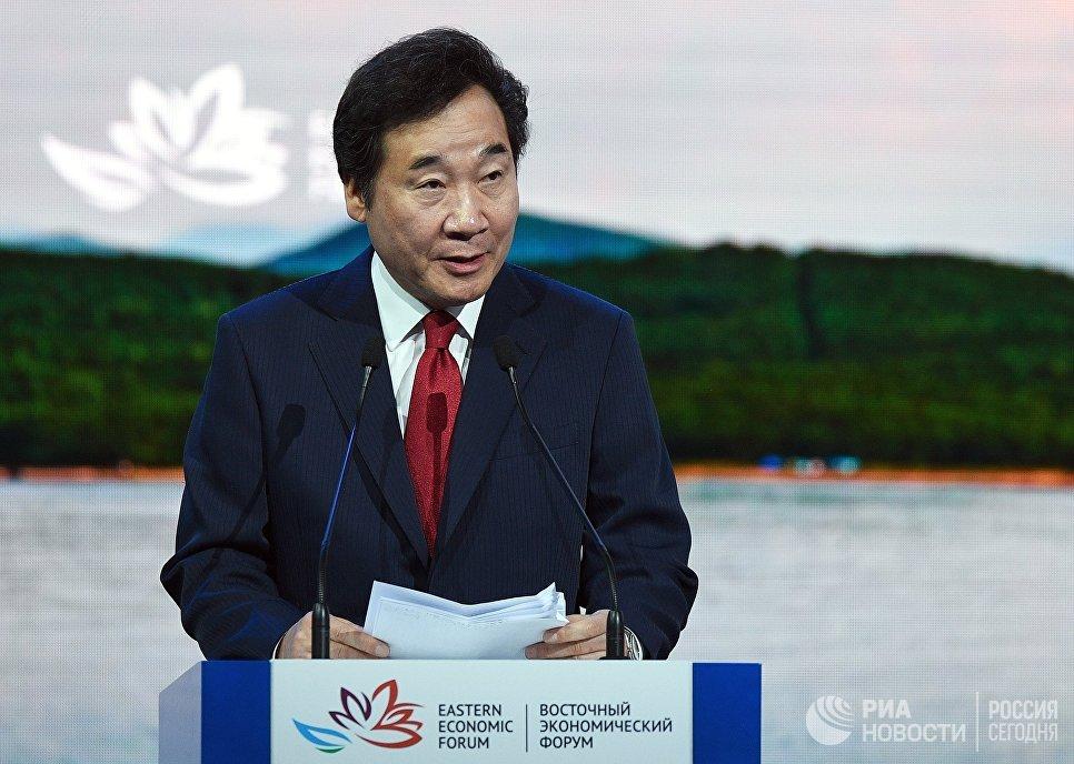 Премьер-министр Южной Кореи Ли Нак Ён на пленарном заседании Дальний Восток: расширяя границы возможностей на IV Восточном экономическом форуме