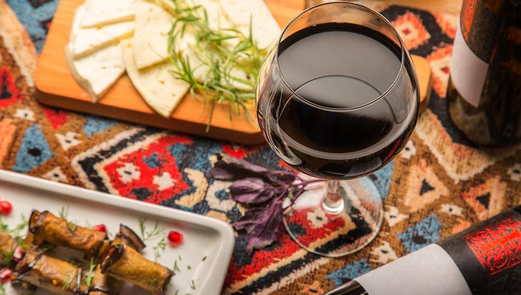 Самое вкусное осеннее вино российские путешественники нашли в Грузии
