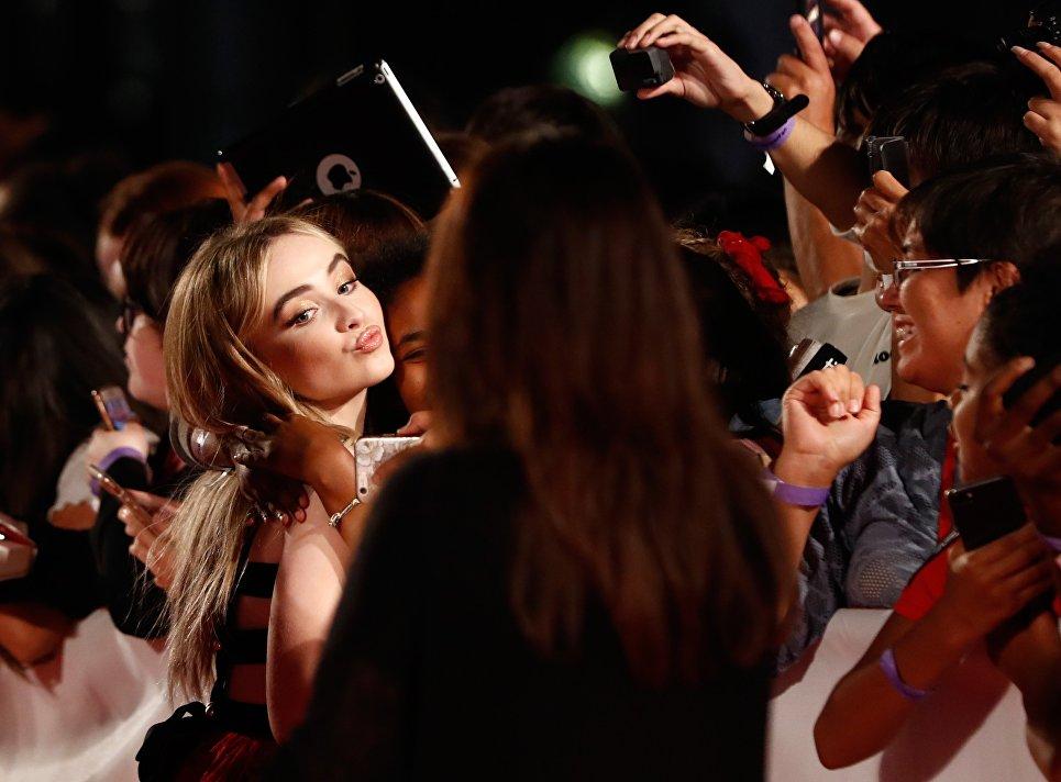 Актриса Сабрина Карпентер на международном кинофестивале в Торонто