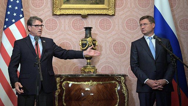 Министр энергетики США заявил, что не обсуждал с Новаком цены на нефть