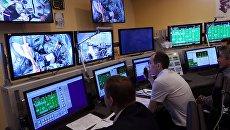 Комплексные тренировки основного экипажа МКС-57/58, архивное фото