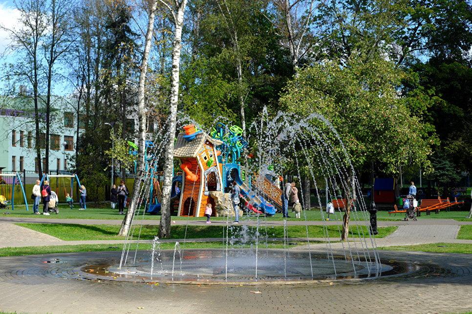 Сухой фонтан в Обручевском районе