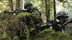 Военнослужащие армии Нидерландов во время учений