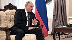 Президент РФ Владимир Путин во время встречи с Президентом Республики Беларусь Александром Лукашенко в Могилеве. 12 октября 2018