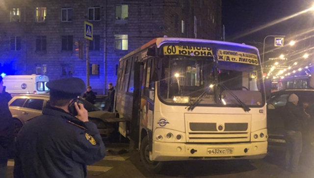 Пострадавшие в ДТП с автобусом в Петербурге получат страховые выплаты