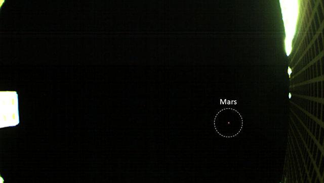 """Первые """"межпланетные"""" наноспутники НАСА получили фотографии Марса"""