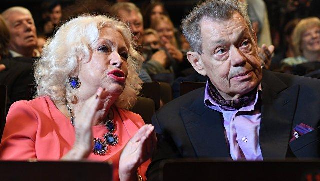 Актер Николай Караченцов с супругой Людмилой Поргиной. Архивное фото