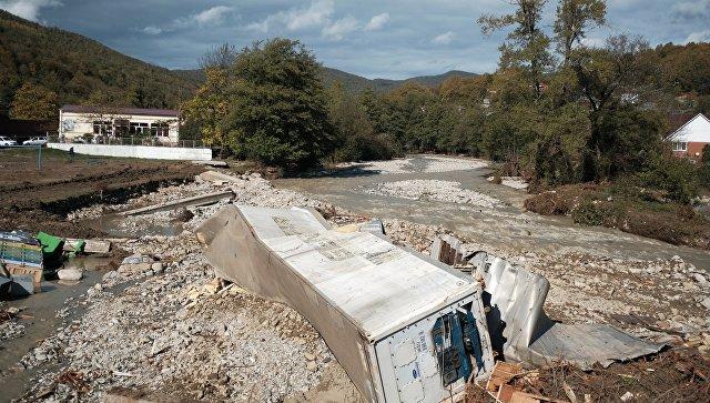 Под Туапсе восстановили дорогу на мосту до аула Агуй-Шапсуг