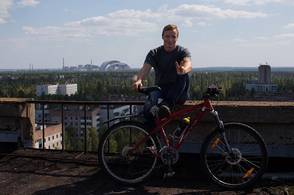 Украина, Припять. На крыше 16-этажки.