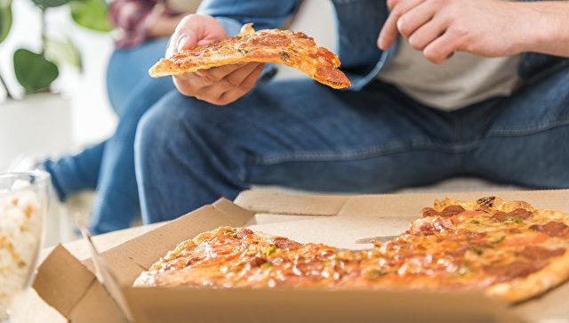 В Калининграде мужчине придется отработать 300 часов за украденные пиццы
