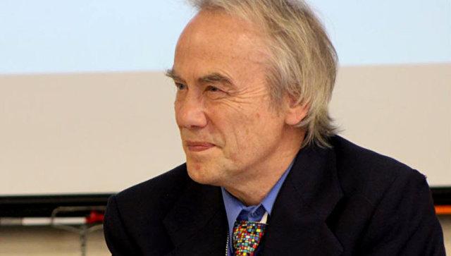 Участник миротворческого движения Райнер Браун