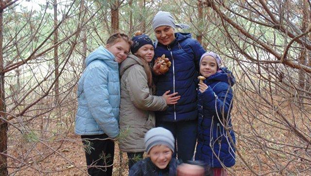 Светлана Соловьева с детьми
