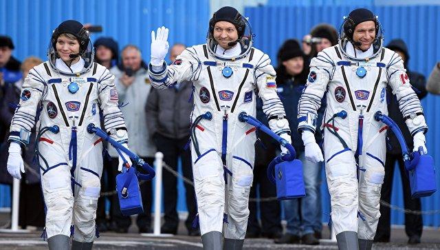 Новый экипаж МКС вышел на орбиту под овации